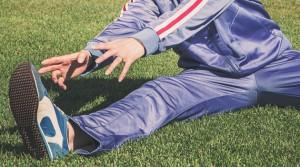 alongamentos ajudam a evitar o problema e também a tratar a fascite